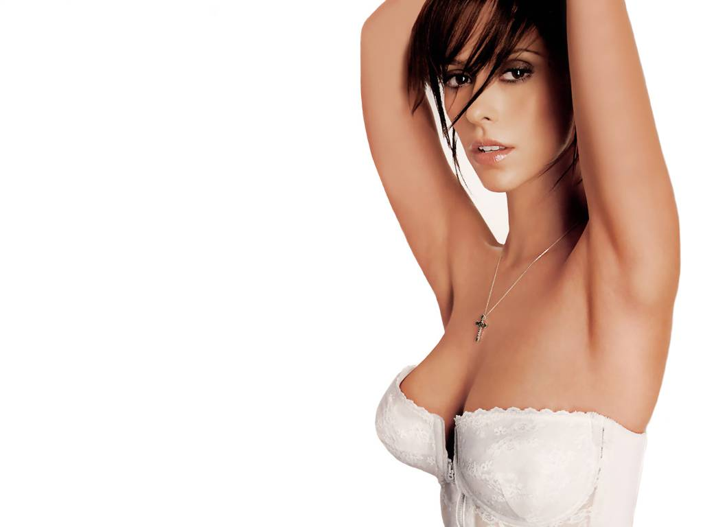 Jennifer love hewitt hot photos 21 tattoo and wallpaper blog for Hot blog photos